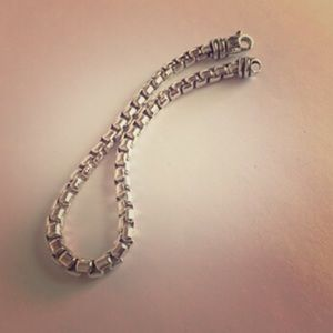 "David Yurman Box Chain Bracelet 5mm 9"" Long"